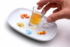 Прочему нельзя Энтерофурил с алкоголем