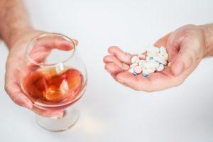 Гексикон и алкоголь: совместимость, побочные эффекты