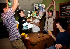 Новогодние конкурсы с алкоголем