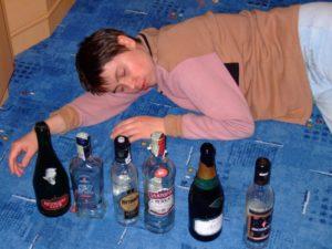 Рвет желчью после алкоголя - это опасно