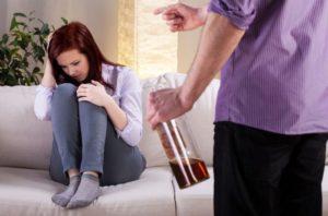 Пьющая жена что делать: как муж может помочь