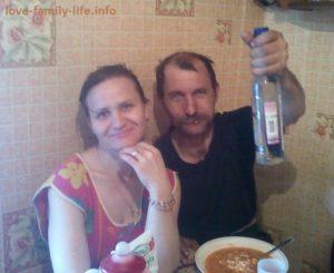 Как вести себя с алкоголиком мужем,сыном во время запоя и трезвости